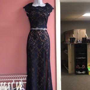 Size 5 two piece prom dress. Never worn.